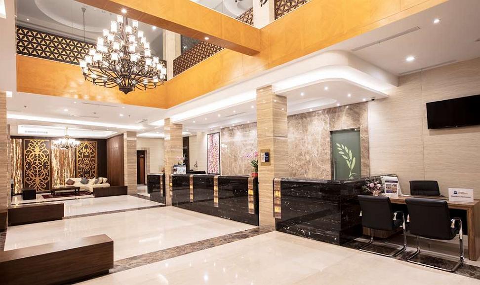 Best Western Kindai Hotel - Vista del vestíbulo