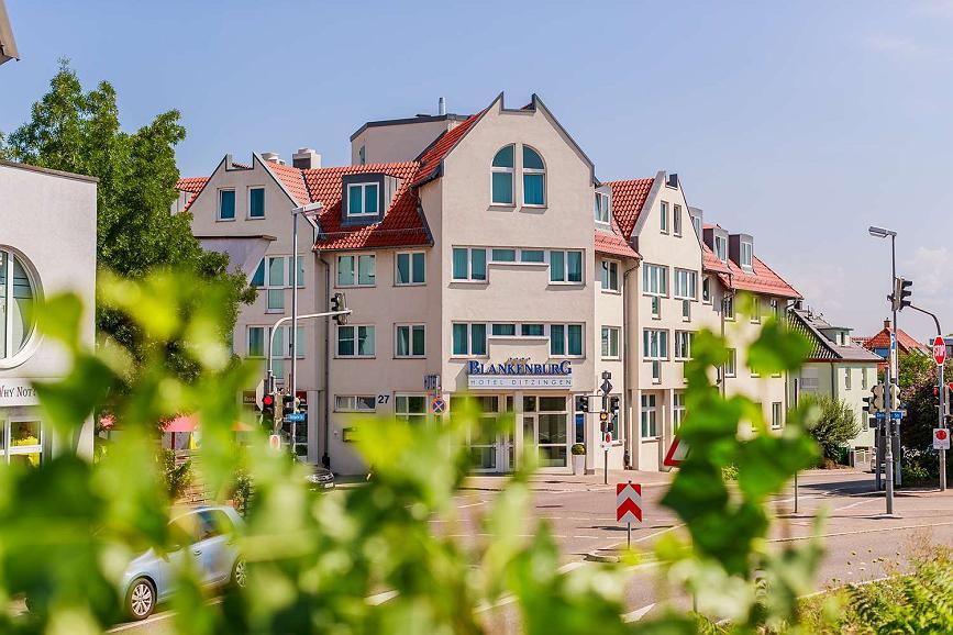 PLAZA Hotel Blankenburg Ditzingen, Sure Hotel Collection - Façade