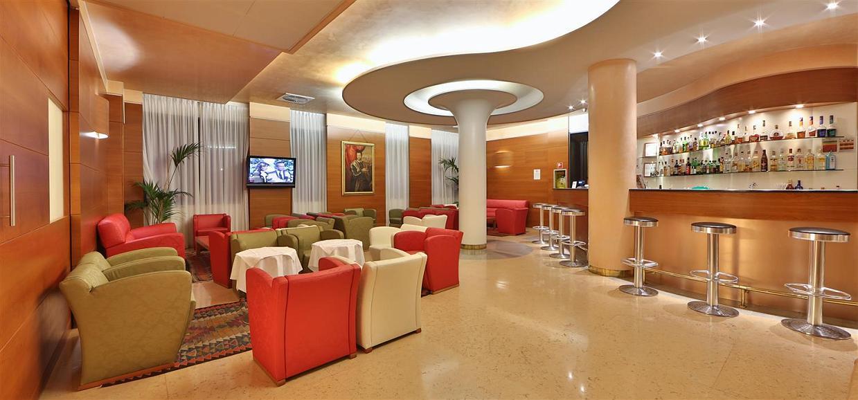 Best Western Hotel Cavalieri Della Corona - Hall