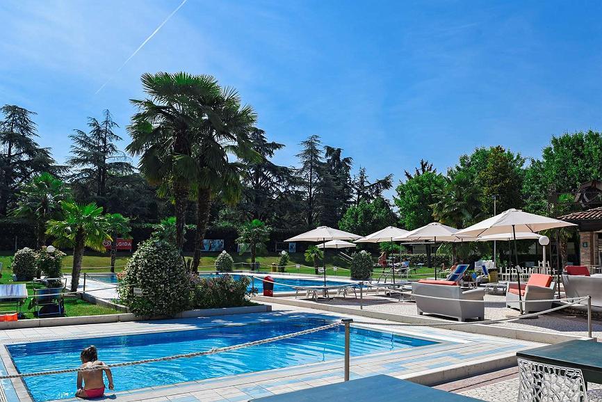 Best Western Plus Hotel Modena Resort - Piscine - extérieure